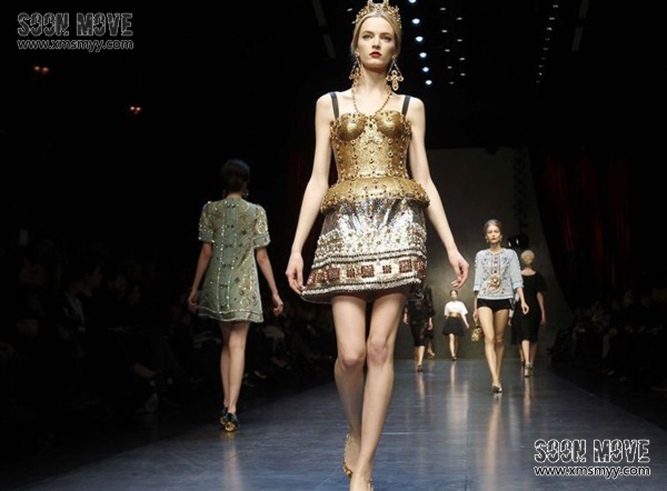 (模特必读)模特展示服装所需的走台技巧